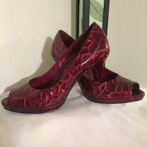 Alex Marie red Rose patent look heels